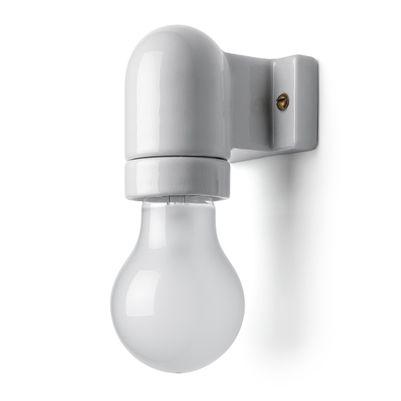 Vinkelfod i hvid porcelæn, lampe til loflt og væg