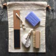 Spa pose med sæbe, pimpsten og neglebørste