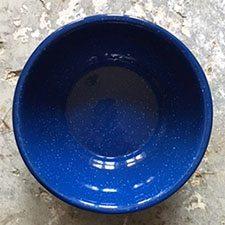Emaljeskål i klassisk emalje i en smuk koboltblå farve