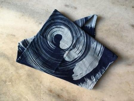 tørklæde indigo med japansk motiv
