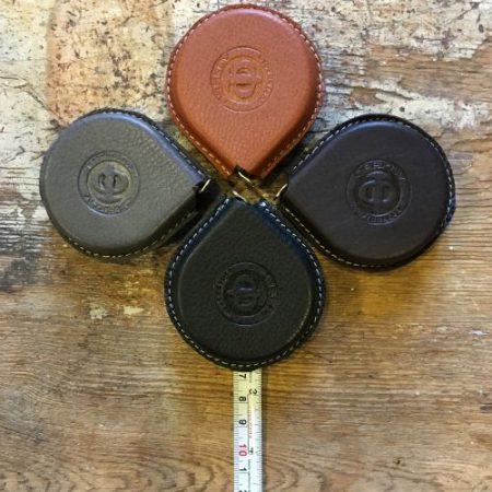 Målebånd i læder i hele 4 farver