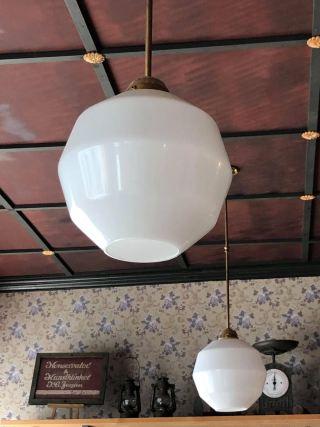 Brostræde lampe i loftet